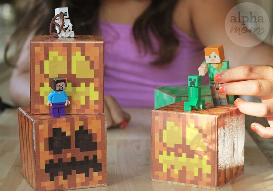 Minecraft Jack o' Lantern Blocks for Halloween! (perfect for playing) by Brenda Ponnay