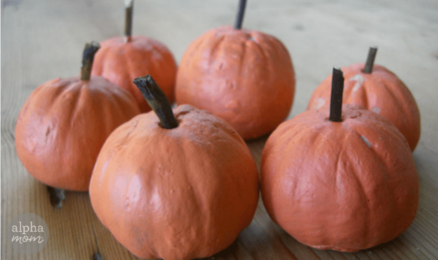 Make Your Own Pumpkin Patch (salt dough pumpkins DIY) by Ellen Luckett Baker for Alphamom.com