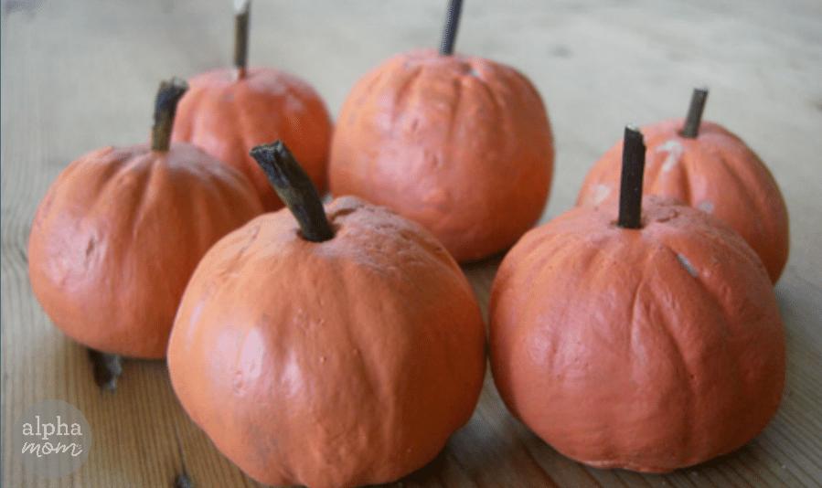 Make Your Own Pumpkin Patch (salt dough pumpkins DIY) by Ellen Luckett Baker for Alphamom.com