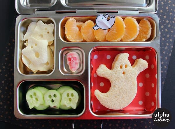 A Spooky Ghost Bento Box for Halloween Lunch (tutorial) by Wendy Copley for Alphamom.com