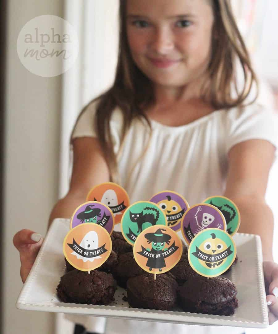 Halloween Cupcake Toppers on Tray