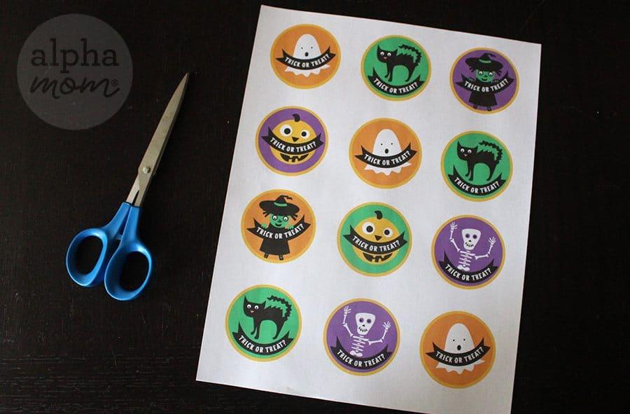halloween-cupcake-toppers-printable-alphamom