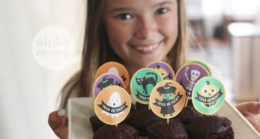 Trick Out your Halloween Treats with our Cupcake Toppers! by Brenda Ponnay for Alphamom.com