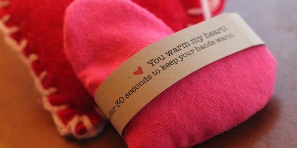 DIY Valentine Hand-Warmers! by Brenda Ponnay for Alphamom.com