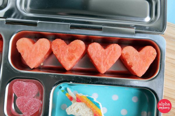 Unicorn Bento Box (hearts) by Wendy Copley for Alphamom.com