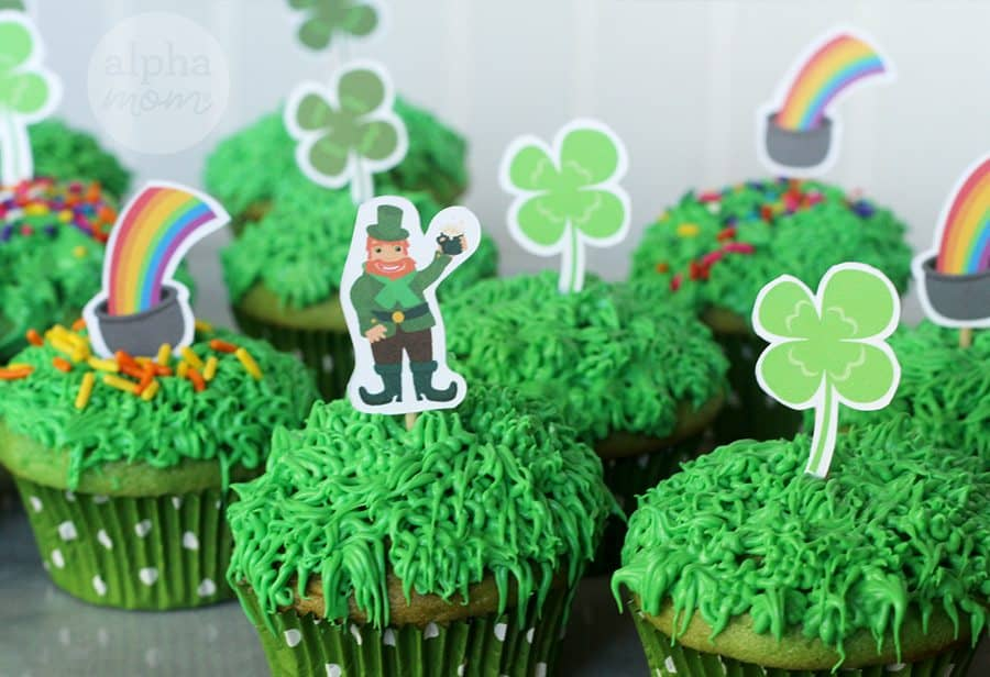 Leprechaun Cupcakes for St. Patrick's Day! by Brenda Ponnay for Alphamom.com