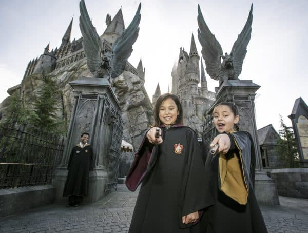 The Best Things to Do at Universal Hollywood and The Wizarding World of Harry Potter (Hogwarts Castle with Kids) PhotoCredit David Sprague