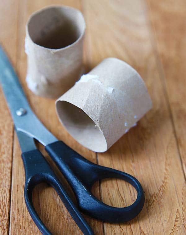 Marble Toss Game (DIY instructions) by Cindy Hopper for Alphamom.com