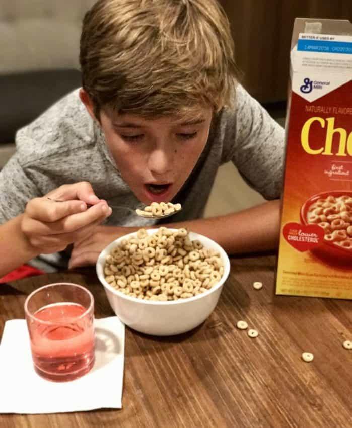 Eating Cheerios