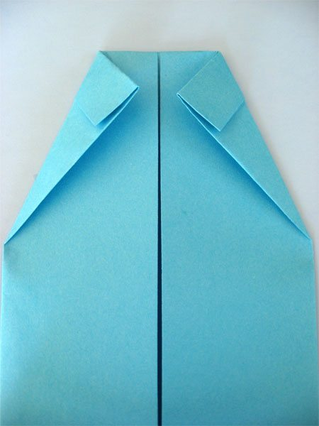 Father's Day Craft: Shirt & Tie Origami Card by Cindy Hopper for Alphamom.com (step 7)