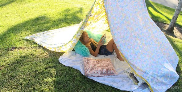 Super Simple DIY Reading Tent by Brenda Ponnay for Alphamom.com