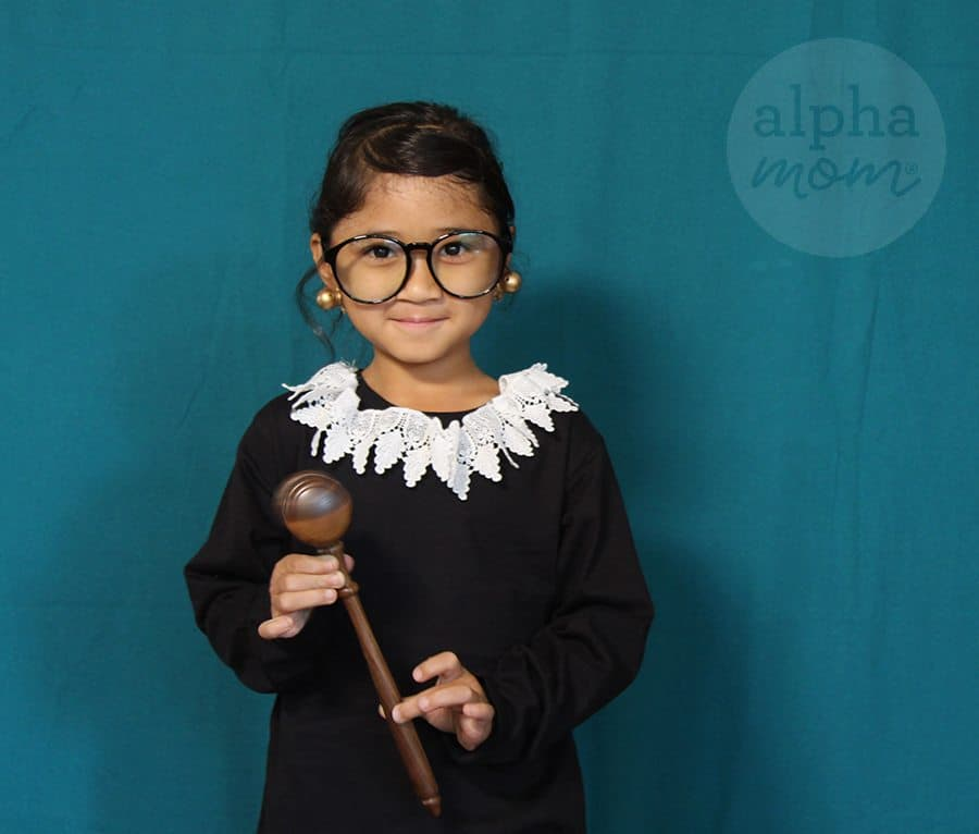 Ruth Bader Ginsburg Child's Costume DIY by Brenda Ponnay for Alphamom.com