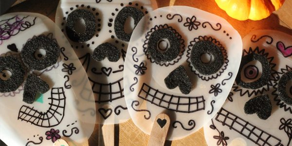 How to make Dia de los Muertos Masks by Brenda Ponnay for Alphamom.com