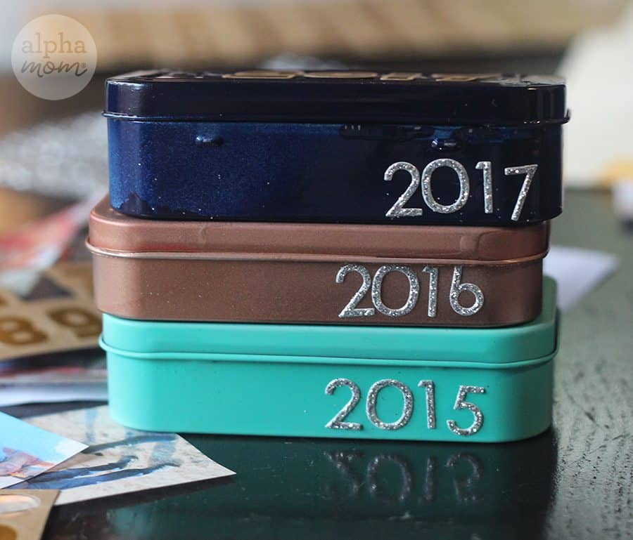 Annual Family Mini Time Capsule (a great activity to memorialize the past year) by Brenda Ponnay for Alphamom.com