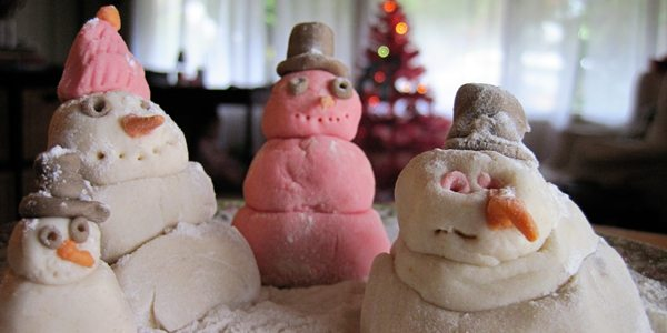 Winter Craft: Snow Dough Men! by Brenda Ponnay for Alphamom.com
