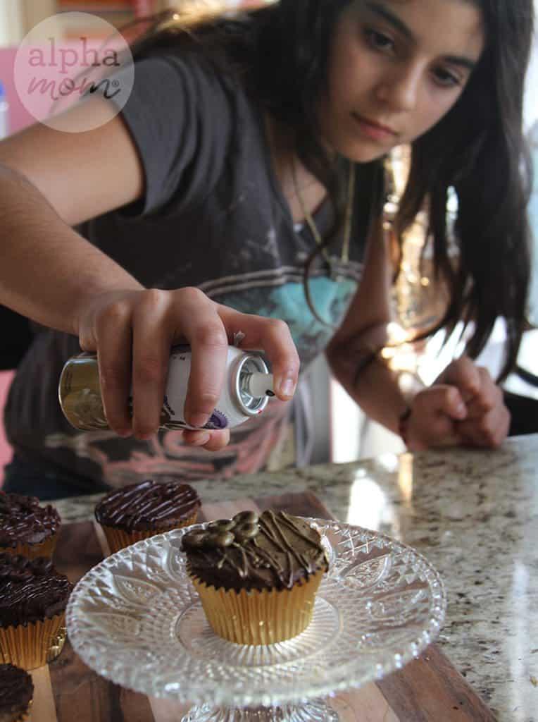 Olympic Medal Cupcakes! (edible spray) by Brenda Ponnay for Alphamom.com