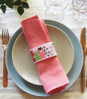 Passover Dinner Educational Napkin Rings for Kids by Brenda Ponnay for Alphamom.com #Passover #TenPlagues #JewishHolidays