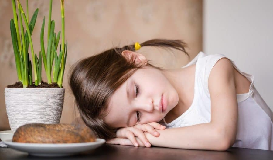 Food Anxiety and Young Kids #healthyeating #foodanxiety #anxietykids #anxiety #kids