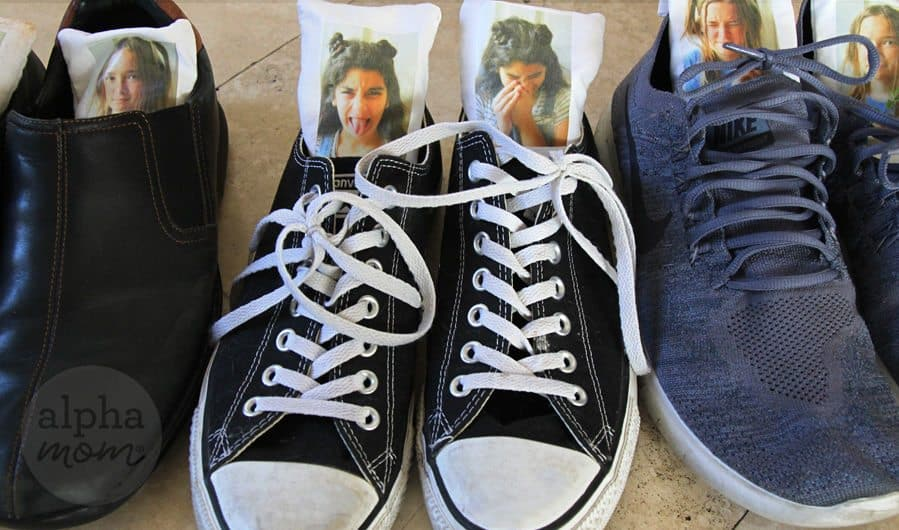 Humorous Shoe Deodorizer Sachets as Father's Day Gifts by Brenda Ponnay for Alphamom.com #funnygifts #DIYgift #kidcrafts #homemadegifts #FathersDayGiftIdeas
