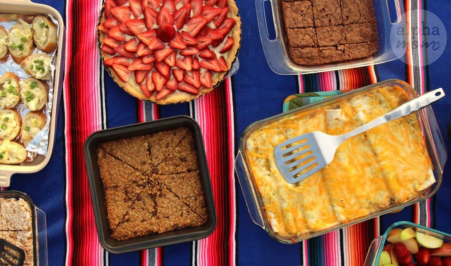 Let's Host a Pan Party (Easiest Potluck Ever) by Brenda Ponnay for Alphamom.com #picnic #outdoorparty #barbeque #summerparty