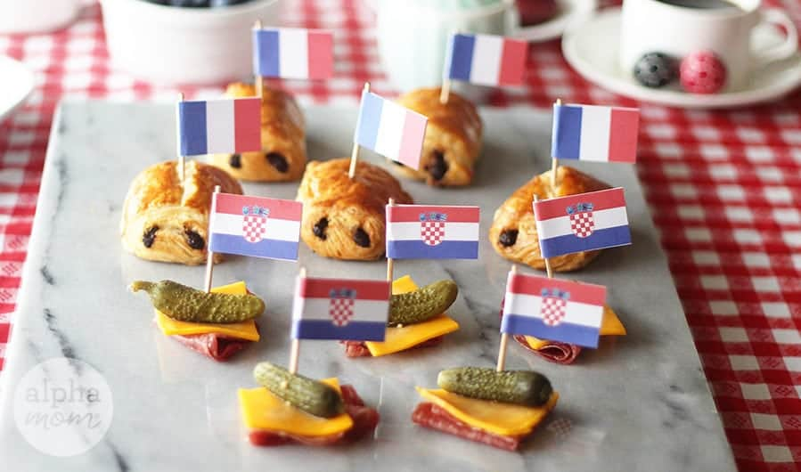 World Cup Finals 2018 Party Food Flags! (Croatia vs. France) by Brenda Ponnay for Alphamom.com #WorldCupCraft #WorldCupParty #SoccerParty #FootballParty