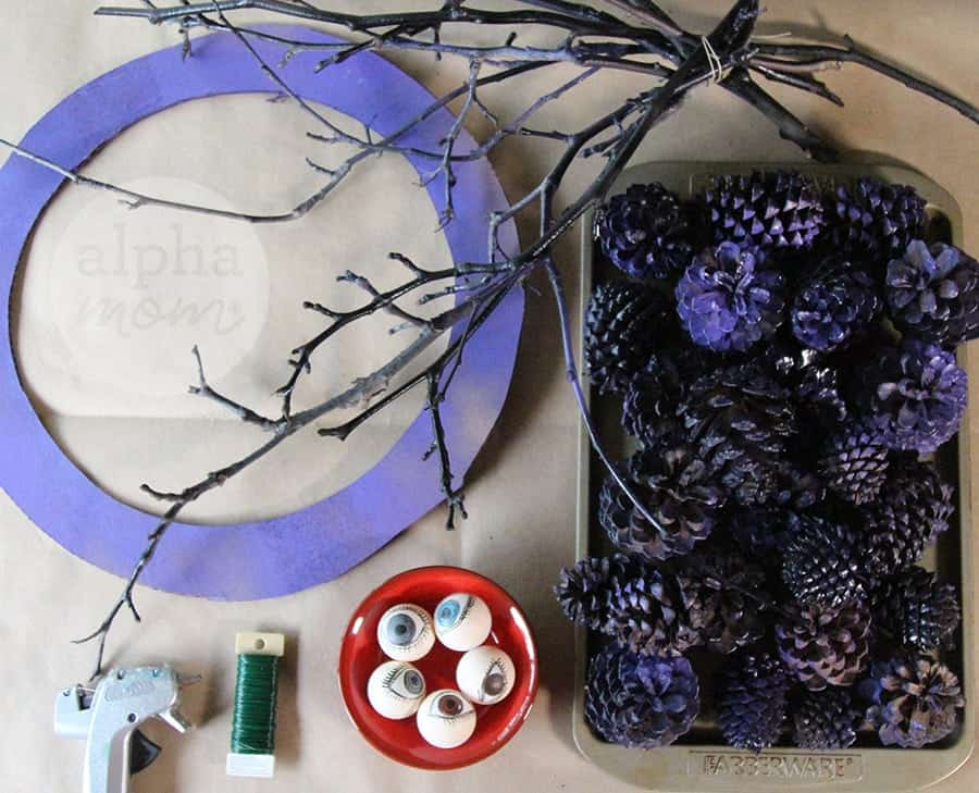 Creepy Eyeball Pinecone Wreath for Halloween DIY (supplies)