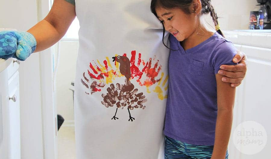 Finger Painted Turkey Apron for Thanksgiving by Brenda Ponnay for Alphamom.com