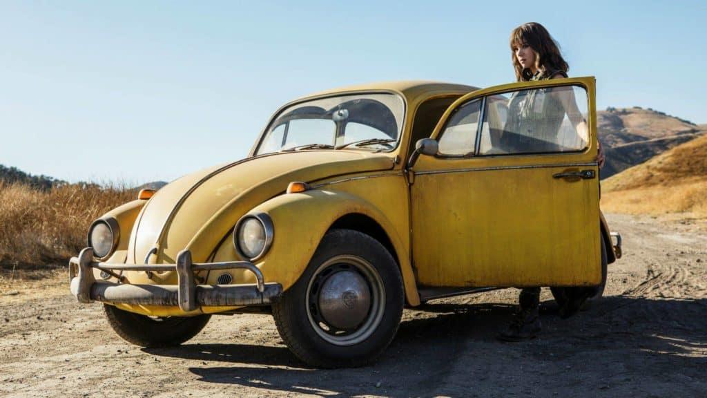 Bumblebee Movie photo Hailee Steinfeld with VW bug car